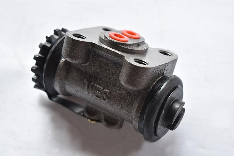 BJ130 brake cylinder (high platform)